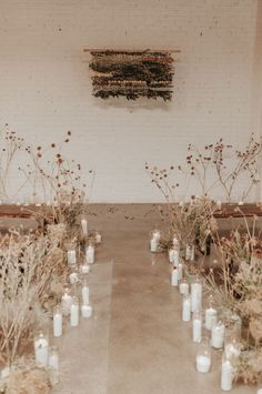 Wedding flower trends - This SKYLIGHT Denver Wedding Inspiration is a Dream if You Love Dried Flowers, Warm Tones, and Cozy Vibes – Wedding flower trends Wedding Table Centerpieces, Flower Centerpieces, Ceremony Decorations, Flower Arrangements, Centerpiece Ideas, Wedding Arrangements, Wedding Trends, Wedding Designs, Wedding Ideas
