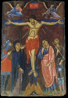 'icona raffigurante la Crocifissione è l'opera più antica conservata nel Museo di Lucignano. Si tratta di una tavola della seconda metà del Duecento, priva di paternità certa, sebbene studi recenti abbiano individuato l'ambito di provenienza nella scuola pittorica aretina, pur influenzata da maestranze senesi e umbre.
