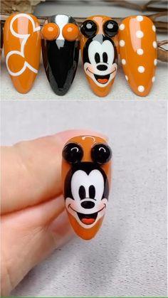 Cartoon Nail Designs, Disney Nail Designs, Nail Art Designs Videos, Nail Art Videos, Mickey Mouse Nail Design, Minnie Mouse Nails, Mickey Mouse Nails, Disney Acrylic Nails, Disney Nails Art