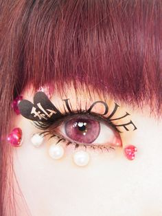 """I love myself as I am.""  --kawaii matsuge*LOVE WATASHI*Paper Fake Eyelashes  --*LOVE 私*紙製つけまつげ"