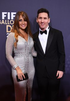 Lionel Messi Photos - Lionel Messi of Argentina and FC Barcelona and his partner Antonella Roccuzzo attend the FIFA Ballon d'Or Gala 2015 at the Kongresshaus on January 2016 in Zurich, Switzerland. Lionel Messi Barcelona, Barcelona Futbol Club, Fc Barcelona, Antonella Roccuzzo, Got Married, Getting Married, God Of Football, Messi Photos, Buenos Aires Argentina