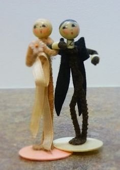 Antique Bride and Groom Wedding Cake Topper Made from Pipe Cleaners | eBay