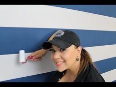 Como Pintar rayas en la pared / How to paint stripes on your walls - YouTube