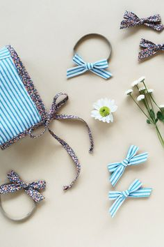 Click to shop handcrafted hair bows by Wunderkin Co. The perfect hair bow to embolden your baby's, toddler's or little girls free spirit and individual style. Handmade by moms in the USA and guaranteed for life. // Bows from the Free Babes Handmade (now Wunderkin Co.) x Living Life's Moments Collection