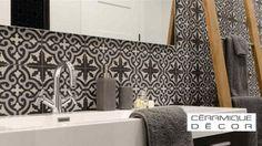 Plusieurs cadeaux dont un ensemble d'électroménager à gagner - Quebec echantillons gratuits Decoration Design, Bath Mat, Tile Floor, Chic, Sink, Bathtub, Flooring, Bathroom, Tanguay