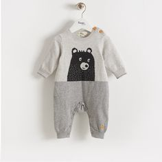 GOLDIE Bear Baby knitted Playsuit - with cashmere, this Grey is a perfect unisex baby colourway