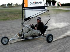 Blokart Landsailing in Muizenberg - Cape Town Char A Voile, Kart, Sail Away, Small Boats, School Fun, Canoe, Strand, Kayaking, Baby Strollers