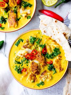 No bland flavours over here! This yellow Thai fish curry is simple, delicious and speedy too! With homemade Thai curry sauce. Thai Curry Sauce, Thai Curry Recipes, Thai Yellow Chicken Curry, Fish Curry, Seafood Recipes, Indian Food Recipes, Asian Recipes, Healthy Dinner Recipes, Vegetarian Recipes