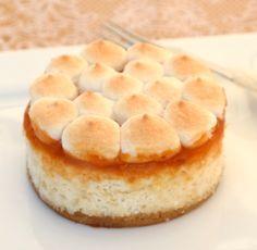 Zseniális túrós süti, ami nem hizlal Snack Recipes, Healthy Recipes, Snacks, Biscotti, Apple Pie, Crackers, Bakery, Cheesecake, Chips