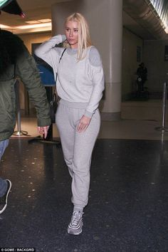 Not too happy? Arriving into Los Angeles on Saturday, the 27-year-old beauty was expressio...