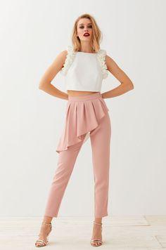 pantalon pitillo color rosa con cintura marcada y peplum perfecto para  combinar con top o blusa ad8da89a74b8