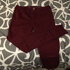 Lauren Conrad Wine/ Cranberry skinny jeggings Worn a few times and has minor pillaging in the crotch area seen in pic. Otherwise good condition and great color! ❌no trades. LC Lauren Conrad Jeans Skinny