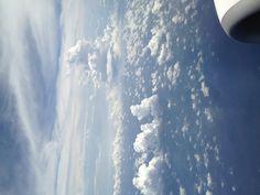 高知からの帰りの飛行機で撮影しました。(^_^)