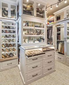 "Huntington Estate Properties on Instagram: ""Fabulous walk in closet #designinspiration with high ceilings and an all white theme 👌🏻 @heproperties @ramtin__ray_nosrati 🔥…"""