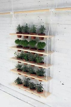 Your Space With A DIY Plant Stand or Planter Refresh Your Space With A DIY Plant Stand or Planter.great for herb garden?Refresh Your Space With A DIY Plant Stand or Planter.great for herb garden? Vertical Garden Diy, Vertical Gardens, Vertical Planter, Verticle Garden Wall, Hanging Herbs, Hanging Herb Gardens, Diy Hanging Planter, Hanging Table, Walled Garden