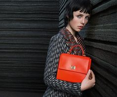 Hugo Boss Fall 2015 Ad Campaign shot by Inez & Vinoodh is here! Love Fashion, Autumn Fashion, Edie Campbell, Fashion Advertising, Fall Winter 2015, Hugo Boss, Fashion Backpack, Fashion Accessories, Women Wear