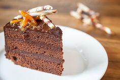 Bolo de chocolate com laranja - Chef da Caramelodrama
