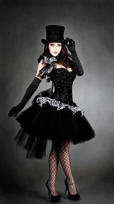 black tutu beautiful idea.