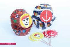 """Kit de capacillos y banderines """"Isla Pirata"""" Hornea tus momentos! www.artepack.co"""