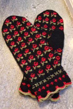 Стена Knitted Mittens Pattern, Knit Mittens, Mitten Gloves, Knitting Patterns, Cross Stitch Bird, Fair Isle Knitting, Nuno Felting, No Name, Diy Crochet