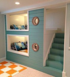 Space-Saving Bunk Beds For Small Kids Room : Adorable BuiltIn SpaceSaving Bunk Bed Design Inspiration with Aqua Painted Staircase and Two Sm...