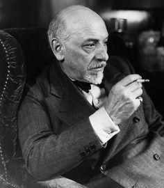 #LetteraAlloScrittore, Luigi #Pirandello (immagine via web)