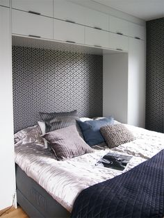 1000 images about built ins on pinterest bedroom built for 8x10 bedroom ideas