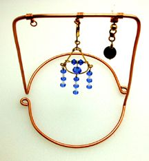 How to make nice earring displays from copper wire.