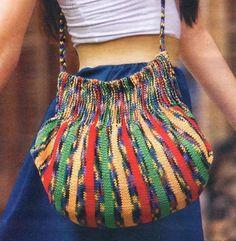 Ravelry: Net Bag pattern by Naoko Shimoda (下田 直子) Crochet Handbags, Crochet Purses, Crochet Bags, Love Crochet, Knit Crochet, Knitted Bags, Knit Bag, Rainbow Bag, Diy Bags Purses