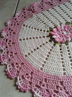 Learn how to make Crochet color step by step crochet color art diy embroideryandstitching embroidery and stitching videos Crochet Placemats, Crochet Table Runner, Crochet Doilies, Crochet Kitchen, Crochet Home, Free Crochet, Step By Step Crochet, Doily Rug, Crochet Decoration