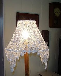 Square Cotton Vintage Doily Lamp Shade Cover - I like how the corners drape! You could recycle several old doilies by sewing them together Doily Lamp, Cover Lampshade, Vintage Shabby Chic, Shabby Chic Homes, Shabby Chic Decor, Art Fil, Shabby Chic Lamp Shades, Antique Lamps, Linens And Lace