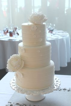 simple wedding cake. I like it for the top tier of mine