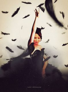 Katniss as a mockingjay. The Hunger Games: Catching Fire with Jennifer Lawrence as Katniss Everdeen. The Hunger Games, Hunger Games Catching Fire, Hunger Games Trilogy, Katniss Everdeen, Liam Hemsworth, Jennifer Lawrence, Mocking Jay, Movies And Series, Movies And Tv Shows