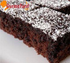 Islak kek tarifi - Islak kek nasıl yapılır? Islak kek malzemeleri nelerdir? Kolay ıslak kek tarifi. Browni tadında nefis ıslak kek tarifi.