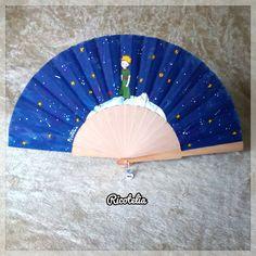 "Abanico de ""El principito"" North America, Workshop, Breeze, Cool Stuff, Deco, Hand Fans, Painting, Flower, Painted Fan"