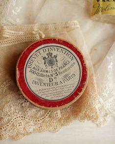 Gorgeous antique french apothecary box!