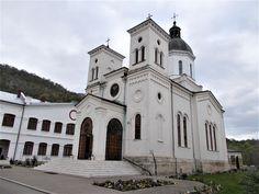 Turismul în România: Mănăstirea Bistrița, Vâlcea
