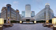 Canary Wharf, view east from Cabot Square (London)