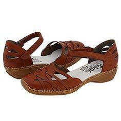 Comfy summer sandals.
