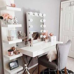 Vanity room ideas makeup vanity decor ideas vanity room decorations throughout vanity room decor ideas interior: Sala Glam, Beauty Desk, Beauty Makeup, Makeup Style, Beauty Table, Beauty Vanity, Diy Beauty, Vanity Room, Teen Vanity