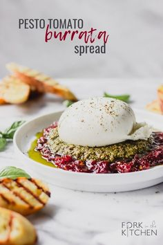 Need a delicious, easy appetizer for your next party? Pesto, tomato jam, and burrata come together as a delicious spread! Yummy Appetizers, Appetizer Recipes, Keto Recipes, Cooking Recipes, Appetizer Party, Dinner Recipes, Canapes Recipes, Wedding Appetizers, Rice Recipes
