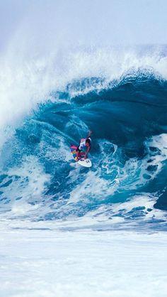 "[#Surf]""Vivir quiere decir soñar; ser sabio significa soñar apaciblemente"" Buenos días!!! [vía] #wslofficial"