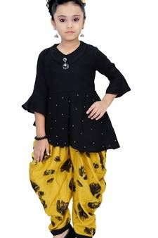 Fashions Girls Party Wear Kurti And Dhoti Salwar Set kids-salwar-suitArshia Fashions Girls Party Wear Kurti And Dhoti Salwar Set kids-salwar-suit Dull Grey Crepe Silk Stone Embroidered Party Wear Saree Black Crinkle Chiffon Suit Kids Party Wear Dresses, Kids Dress Wear, Girls Party Wear, Kids Gown, Kids Wear, Girls Dresses Sewing, Dresses Kids Girl, Kids Outfits Girls, Kids Frocks Design