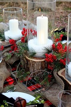 Sweet Something Designs: A Natural Christmas Tablescape  Burlap Garland! Cylinder vases. Red, black, green camp blanket. Cedar stumps. Burlap placemats. Red berries & pine. Boxwood, rusty jinglebell, twigs.