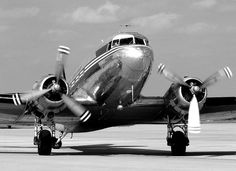 Douglas DC-3 by Starliner1649, via Flickr