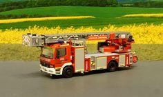 Dieses Fahrzeug zeigt was man aus dem Herpa Modell der L32 / PLC3 Aufbaj machen kann - ich werde entweder ein LE oder ein TGM verwenden Vorbildfahrzeug:  Feuerwehr Gräfenburg -Eine fiktive Feuerwehr im Maßstab 1:87- - Löschgruppe Unterrath (7)