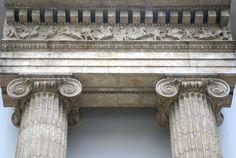 Berlin, Pergamonmuseum, Architrav des Artemis Leukophryene Tempels (architrave of the Artemis Leukophryene temple)