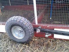 Chicken Tractor Plans 408701734933059312 - Best wheels for chicken tractor? Easy Chicken Coop, Chicken Pen, Chicken Feeders, Backyard Chicken Coops, Chicken Coop Plans, Building A Chicken Coop, Chickens Backyard, Clean Chicken, Farm Chicken