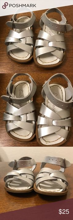 Silver Salt Water by Hoy Baby Toddler Sandals Adorable Saltwater sandals in good used condition. Size 5. Salt Water Sandals by Hoy Shoes