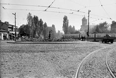 Piata Muncii © Alfredo Padron Bucharest, Railroad Tracks, Louvre, Memories, History, Buses, Building, Travel, Photos